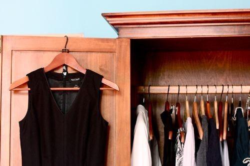 b2ap3_thumbnail_decluttering_closet5.jpg