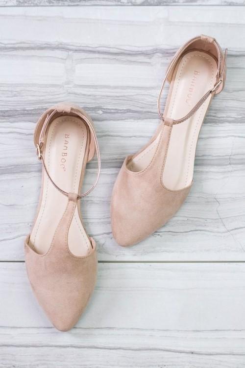 a1sx2_Thumbnail1_scarpe-nude-slanciare-gambe4.jpg