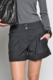 b2ap3_thumbnail_donna_pera_shorts.jpg