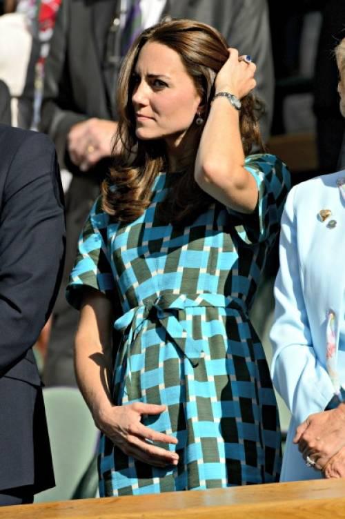 a1sx2_Thumbnail1_Kate_Middleton_pregnant_1.jpg