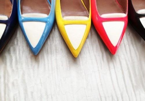 a1sx2_Thumbnail1_decluttering_scarpe3.jpg