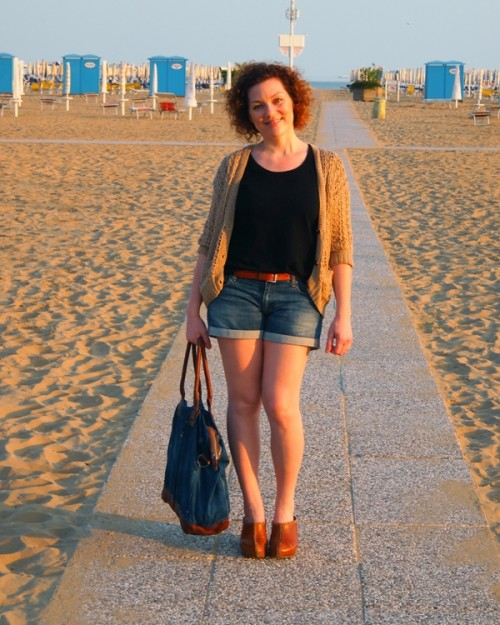 a1sx2_Thumbnail1_abbinare-shorts-mela.jpg