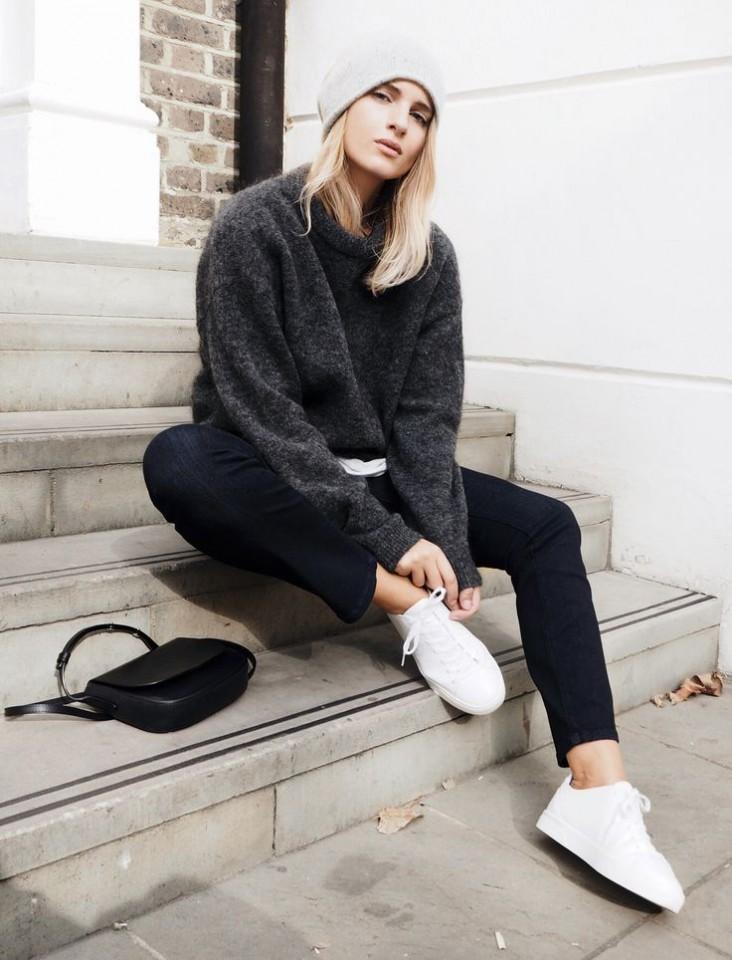 Il problema delle caviglie nude – Anna Venere | Moda per