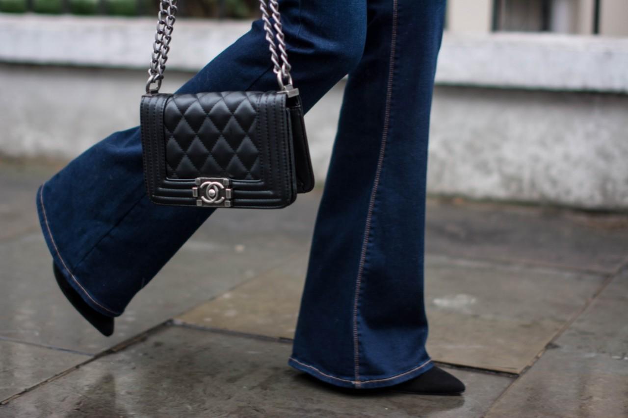 a76093a8cbe1 Pantaloni Svasati: scarpe e orli giusti – Anna Venere | Moda per ...
