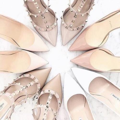a1sx2_Thumbnail1_scarpe-nude-slanciare-gambe1.jpg