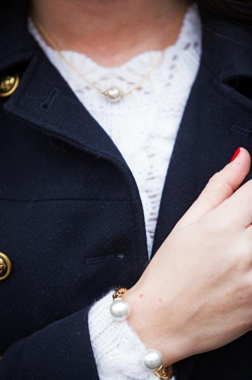 a1sx2_Thumbnail1_bijoux-bon-ton.jpg