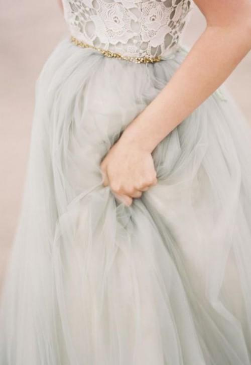 a1sx2_Thumbnail1_abito-sposa-clessidra2.jpg