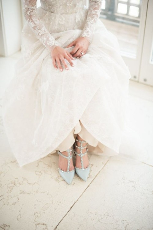 a1sx2_Thumbnail1_abito-sposa-donna-pera1.jpg