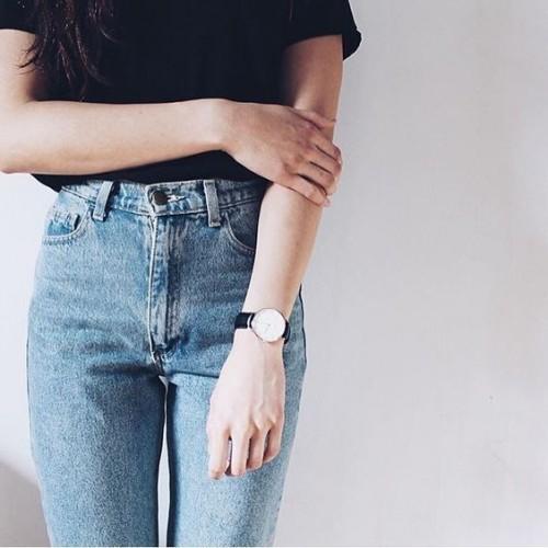 a1sx2_Thumbnail1_mom-jeans0.jpg