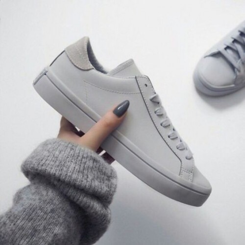 a1sx2_Thumbnail1_scarpe-ginnastica-comprare2.jpg