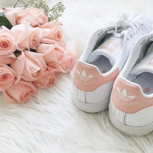 a1sx2_Thumbnail1_scarpe-ginnastica-comprare7.jpg