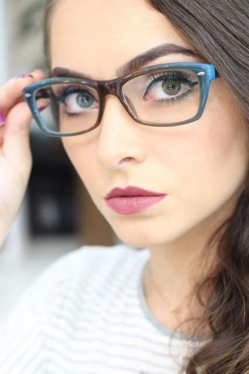 a1sx2_Thumbnail1_scegliere-occhiali-forma-viso7.jpg