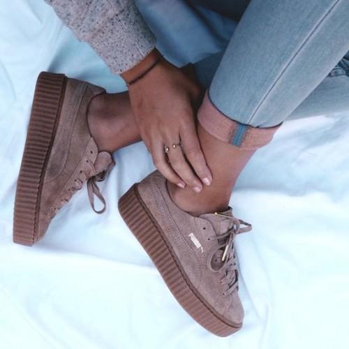 a1sx2_Thumbnail1_scarpe-moda-2017-2018-8.jpg
